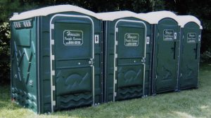 portable restroom rent
